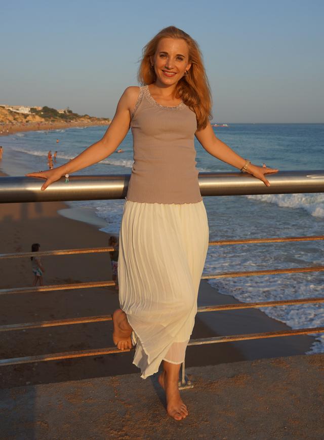 Outfit Weiße Sommer-Culotte & Tanktop mit Spitzenbesatz 4