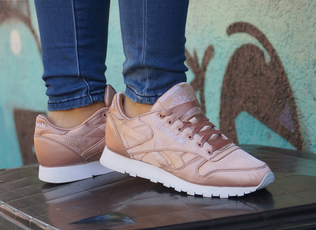 Outfit Reebok Classic Sneaker Leather Satin 04