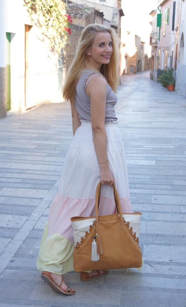 Outfit abury Rabbia Camel Leder Shopper Tasche 04