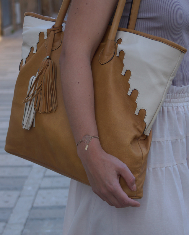 Outfit abury Rabbia Camel Leder Shopper Tasche 05