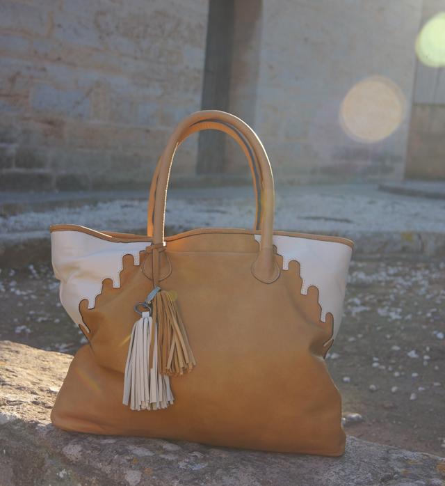Outfit abury Rabbia Camel Leder Shopper Tasche 08