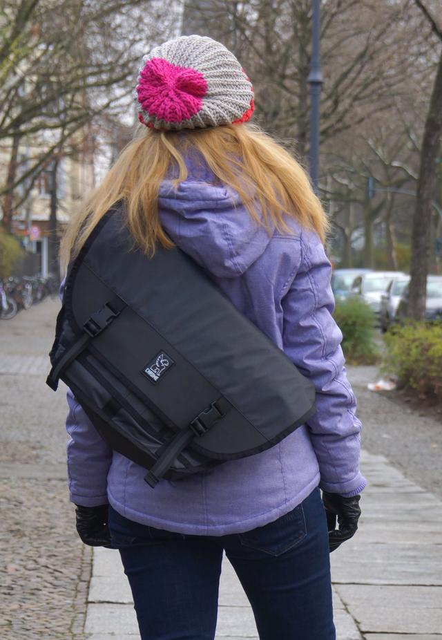 Mini Metro Welterweight Chrome Messenger Bag 03