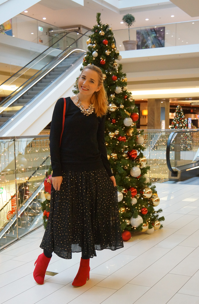 Outfit Weihnachtsoutfit Rose Disney Tasche Bag Danielle Nicole 02