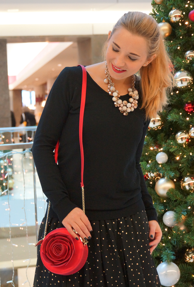 Outfit Weihnachtsoutfit Rose Disney Tasche Bag Danielle Nicole 06