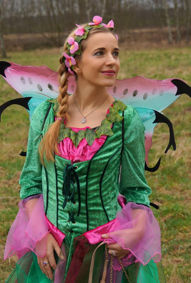 Outfit Elfenkostüm Kostümvorstellung Elfe Elvira 02