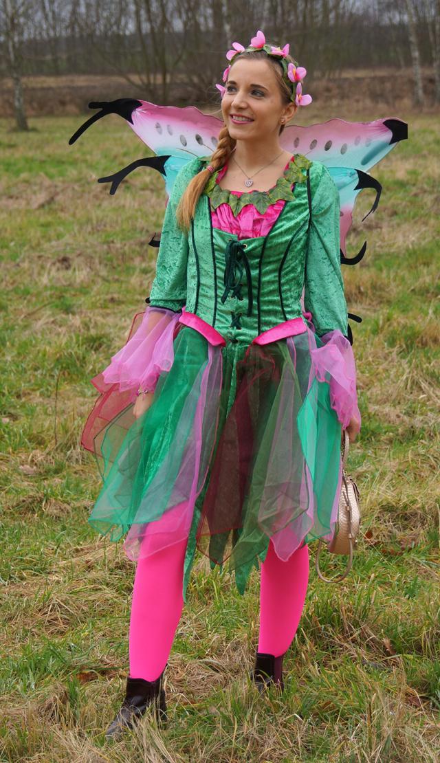Outfit Elfenkostüm Kostümvorstellung Elfe Elvira 06
