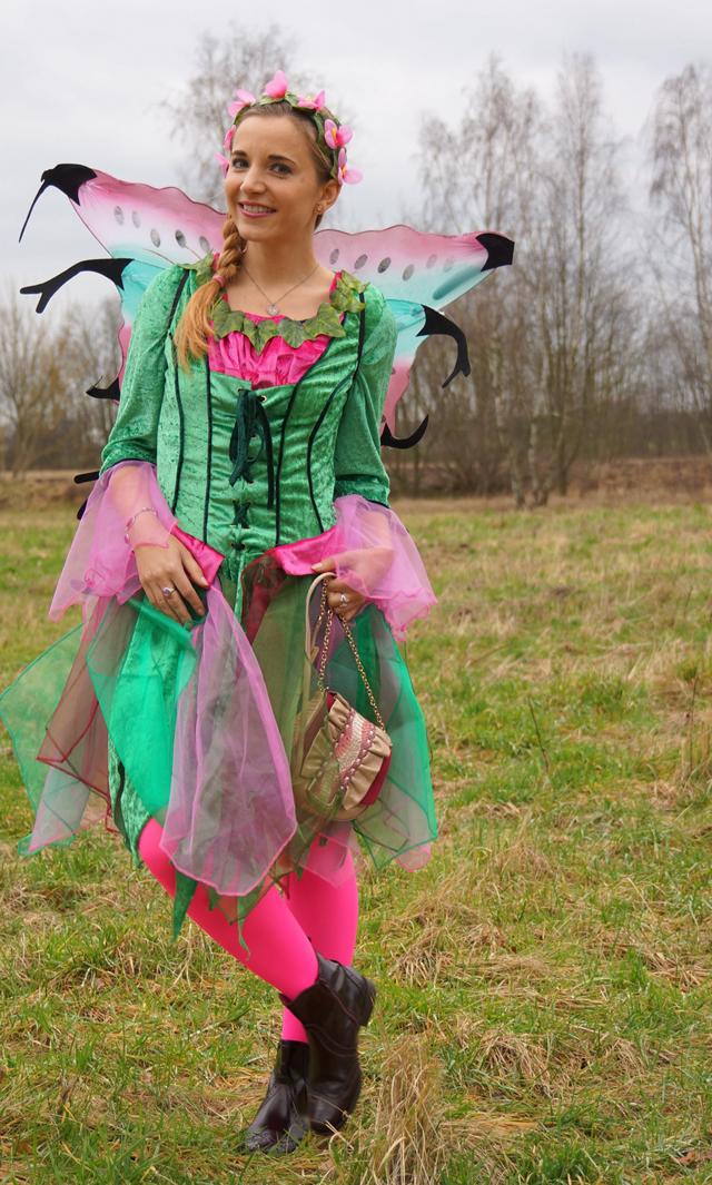 Outfit Elfenkostüm Kostümvorstellung Elfe Elvira 09