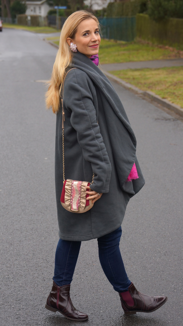 Outfit Ta-Ste Oversize-Mantel 07