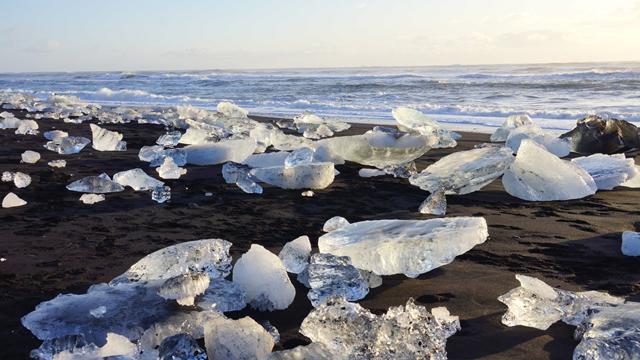 Diamond Beach Island Iceland 01