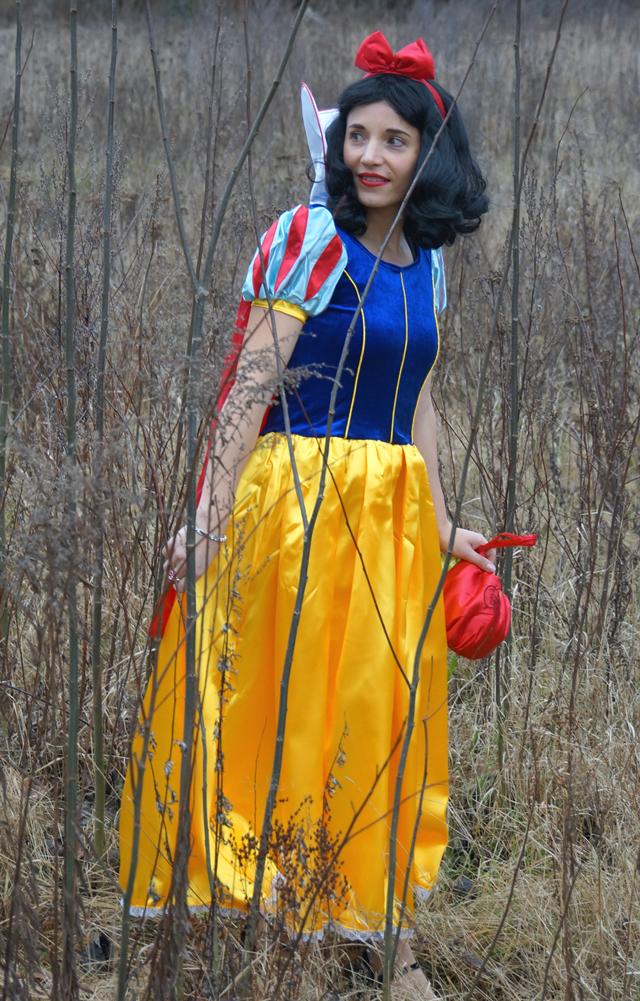 Schneewittchen Snow White Kostüm 02