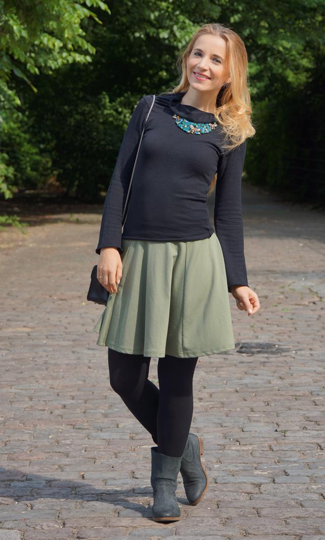 Outfit Goldiger Bienen-Schmuck Bienenkette 02