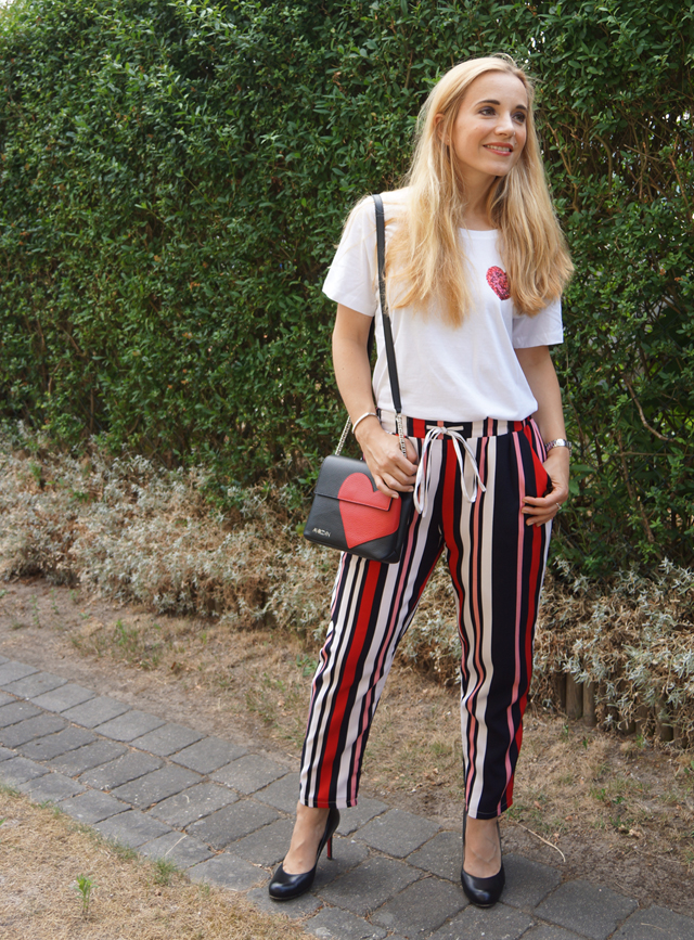 Outfit Love Hearts 06