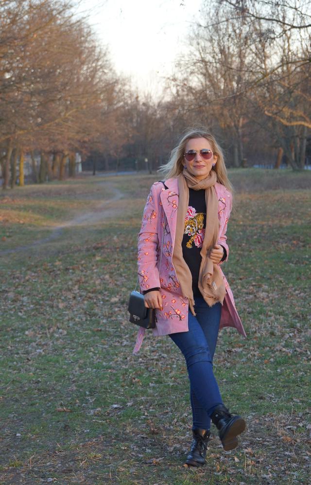 Outfit Blumenstickereien - Pre Spring Outfit 02