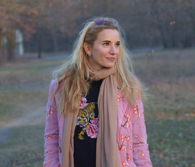 Outfit Blumenstickereien - Pre Spring Outfit 07