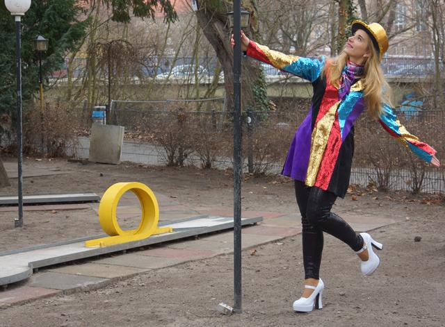 Karneval-Pailletten-Marie 06