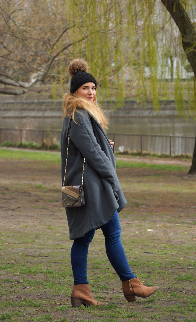 Outfit Cosy Oversize Mantel 03