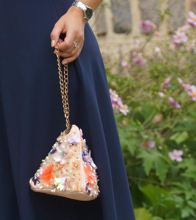 Outfit Blaues Abendkleid 04