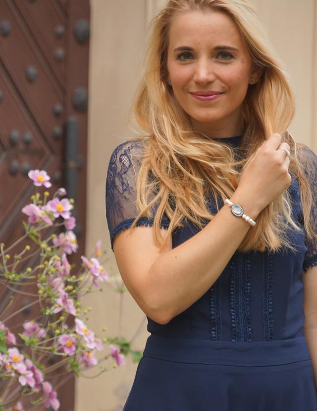 Outfit Blaues Abendkleid 12